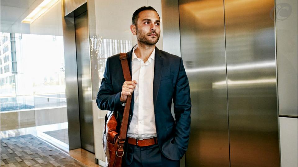 Elevator Pitch: O que é e como utilizar para ganhar mais clientes no seu laboratório de prótese.