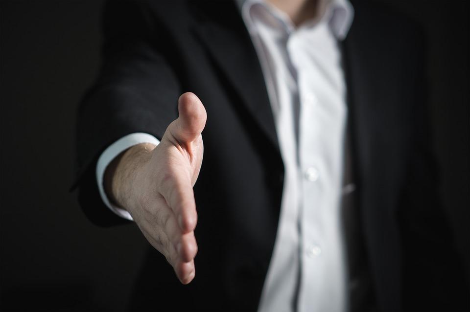 Descubra como impulsionar o faturamento do seu laboratório com 6 dicas práticas para fechar mais vendas!